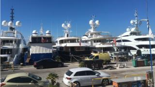 Яхты в Виареджо