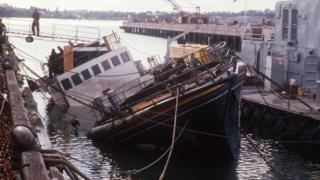 The Greenpeace Rainbow Warrior vessel after it was sunk in the bay of Auckland (10 July 1985)