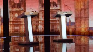 Podiums ready in the run-up to 2015 election