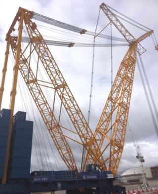 Hinkley Point: World's largest crane