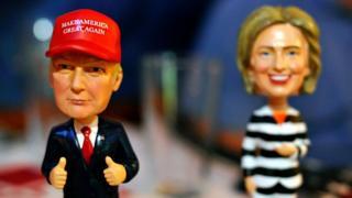Donald Trump ve Hillary Clinton kuklaları