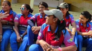 कश्मीरी महिला क्रिकेटर्स