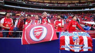 Arsenal fans arrive for the UEFA Europa League Semi Final second leg match between Atletico Madrid and Arsenal FC at Estadio Wanda Metropolitano on May 3, 2018 in Madrid, Spain.
