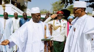 Madaxweynaha Gambia, Yaxya Jammeh, ayaa soo dhaweeyay hogaamiyaha Nigeria, Muxammadu Buhari, hasayeeshee wadahadalladu waa ay burbureen