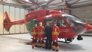(L-R) Dr Jennifer Dinsdale, Critical Care Practitioner Tracy Phipps, Pilot Jennifer Stevenson and Dr Maire Gallagher