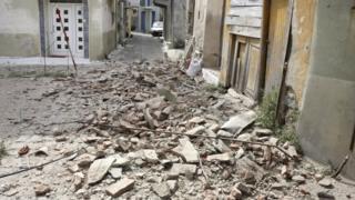 В Пломари на греческом острове Лесбос были повреждены здания в старых кварталах