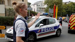 French police secure street