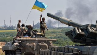 Украинские военные продвигаются к Лисичанску, 25 июля 2014 года