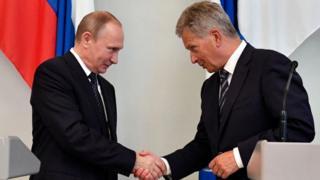 Президент России Владимир Путин и его финский коллега Саули Ниинистё