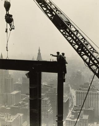 На строительстве небоскреба Эмпайр-Стейт, 1930-31 годы