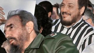 Fidel Castro Diaz-Balart giống cha nhất nên được gọi là Fidelito - Fidel nhỏ