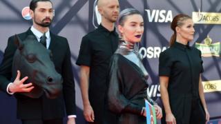 """Azərbaycanı Eurovision 2017 mahnı müsabiqəsində """"Skeletons"""" mahnısı ilə Dihaj adlı ifaçı təmsil edir"""