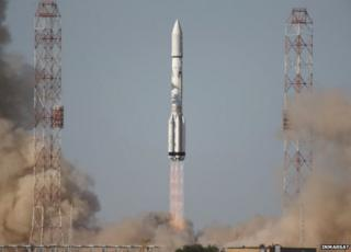 Lift-off for the Proton and its Inmarsat passenger