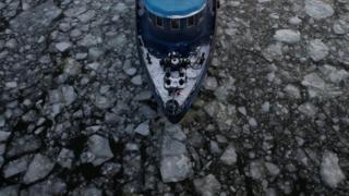 ماسکو کے دریا میں جہاز