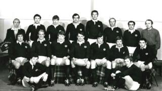 Nairn MacEwan, third from the right in back row, in Scotland team