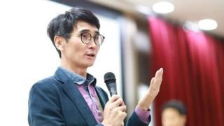 2년 째 '스승의 날 폐지' 청원 올린 정성식 교사