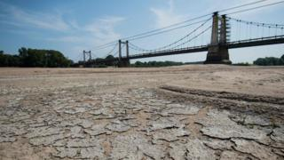 Summer heat killed nearly 1,500 in France, officials say