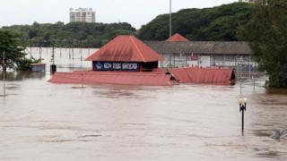 केरल में भारी बारिश