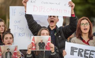 Kosovo student protesters, 29 Mar 18