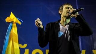 Svyatoslav Vakarchuk, lead singer of Okean Elzy band, singing at a Euromaidan concert in Kiev