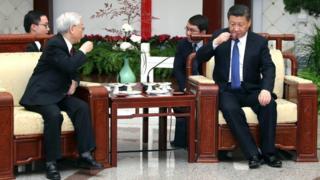 TBT Nguyễn Phú Trọng uống trà tại Bắc Kinh cùng Chủ tịch Tập Cận Bình trong chuyến thăm đầu năm 2017