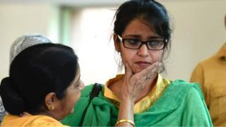సుష్మ స్వరాజ్, ఉజ్మా అహ్మద్