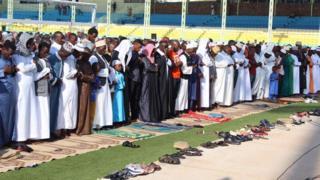Abayoboke b'idini rya Islamu mu bisabisho vyo kurangiza ukwezi kwa Ramazani