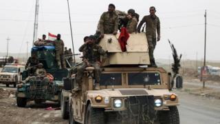 قوات عراقية تتقدم صوب شمال غرب الموصل