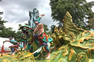 Picture of statues at Singapore's Haw Par Villa