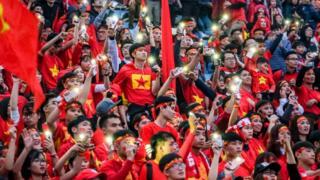 Cổ động viên Việt Nam sướng vui vì thành công mới đây của U23 Việt Nam