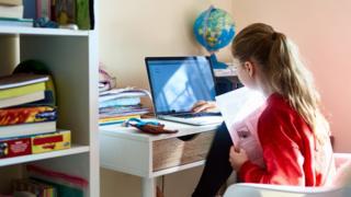 girl-at-laptop.