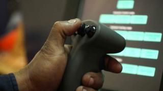 奇瓦动动指尖,就可以远程控制机器