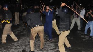 پولیس تشدد