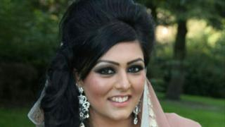 Samia Shahid 'honour killing': Arrest warrants for mother and sister