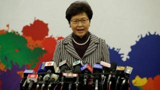 """Bà Lâm Trịnh Nguyệt Nga nói """"một quốc gia, hai chế độ"""" đang """"giàu mạnh chưa từng thấy""""."""