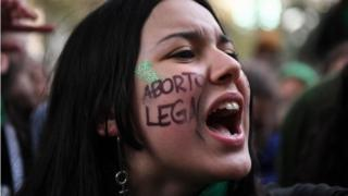 Pro-choice activists demonstrate outside the Argentine Congress in Buenos Aires, on June 13, 2018, calling for the approval of a bill that would legalize abortion