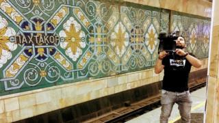 Би-Би-Си Ташкент метросун тасмага түшүрүүгө уруксат алган биринчи чет элдик ММК болуп калдыңар дешти бизге