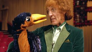 Rod Hull and Emu in Emu's Magical Christmas Show in 1981