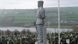 Memorial of the Irish National Liberation Army in Derry cemetery