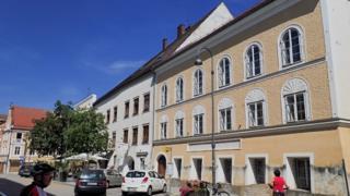 Casa onde Hitler nasceu, em Braunau, Austria