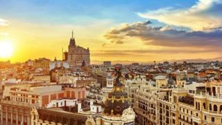 صورة بانوراماتية لأسبانيا من مكان مرتفع