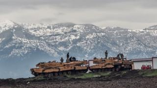 Suriye sınırındaki Türk tankları