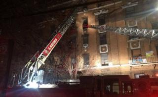 آتش سوزی از طبقه اول شروع شد و سپس به طبقه های بالاتر سرایت کرد