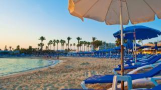 تستقبل قبرص عددا كبيرا من البريطانيين سنويا