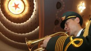 記者來鴻:外國駐華記者真是隻「唱衰」?
