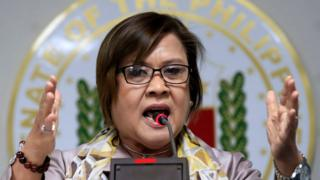 Philippine Senator Leila de Lima gestures during a news conference at the Senate headquarters in Pasay city, metro Manila, Philippines 22 September 2016