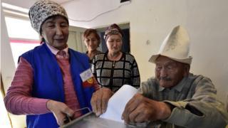 Кыргыз бийлиги кийинки шайлоо циклине жаңы мыйзамдар менен барууга камданууда