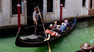 Gondola in Venice, 27 Aug 17