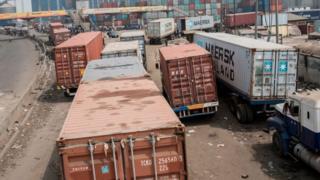 Trucks wey block di road wey lead to Lagos port area - Lagos January 31, 2018