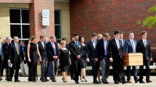 Otto Warmbier: Funeral hold for tyro jailed in N Korea